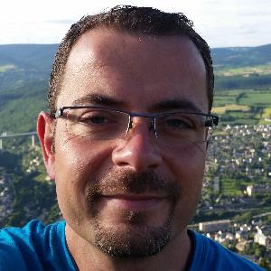 Stephane GARNIER réparateur iphone