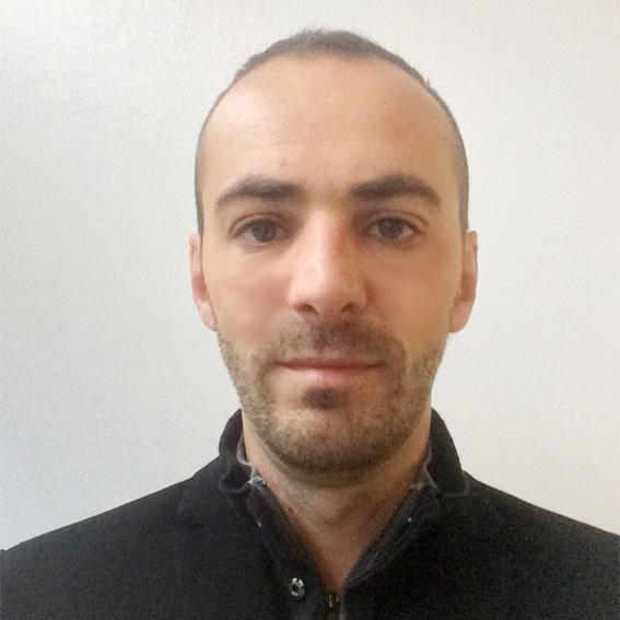 Frédéric Tranchart iPhone repairer